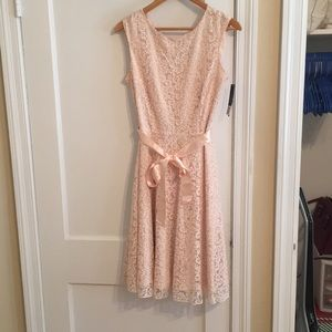 Blush dress size 8, NEW with tag